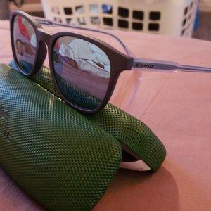 Lacoste Sunglasses L864S